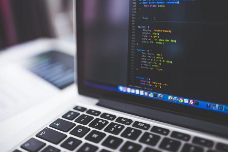 A Custom Website vs a Website Builder